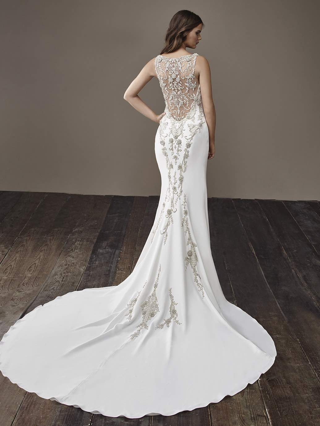 Badgley mischka wedding dress  Glamorously Modern Badgley Mischka Wedding Dresses Bride Collection