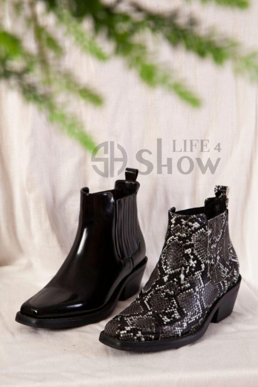 Black Leather Booties for Women Snakeskin Ankle Boots Best ShowLife4 NEW 2021 ✨ Wholesale from Turkey ✨ Best of Turkish Made products Click picture to view details of this product Follow Us and share this on your page #YeniExpo #madeinturkey 🇹🇷🇹🇷🇹🇷 #SupportTurkey