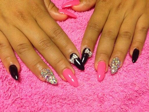 Gel polish Stilleto with crystal accent nails, 3d bows $38 Or with ...