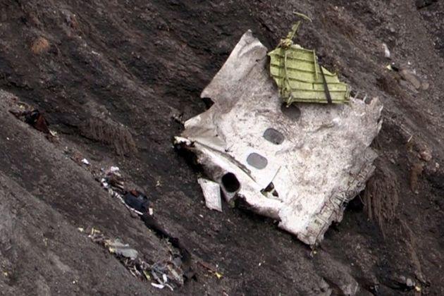 """Recuperación De Cuerpos Del Airbus A320 Es Difícil: """"El Avión Quedó Pulverizado"""""""