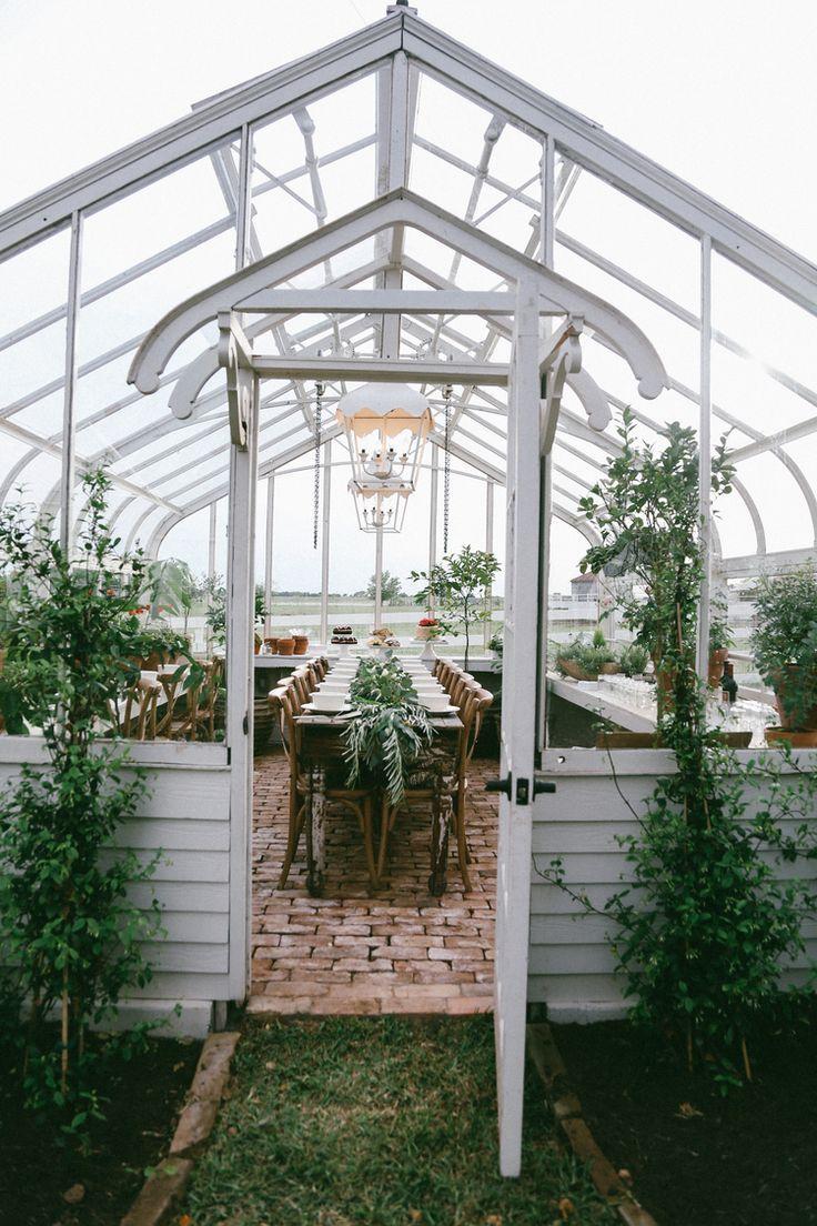 Pallet Greenhouse Plans