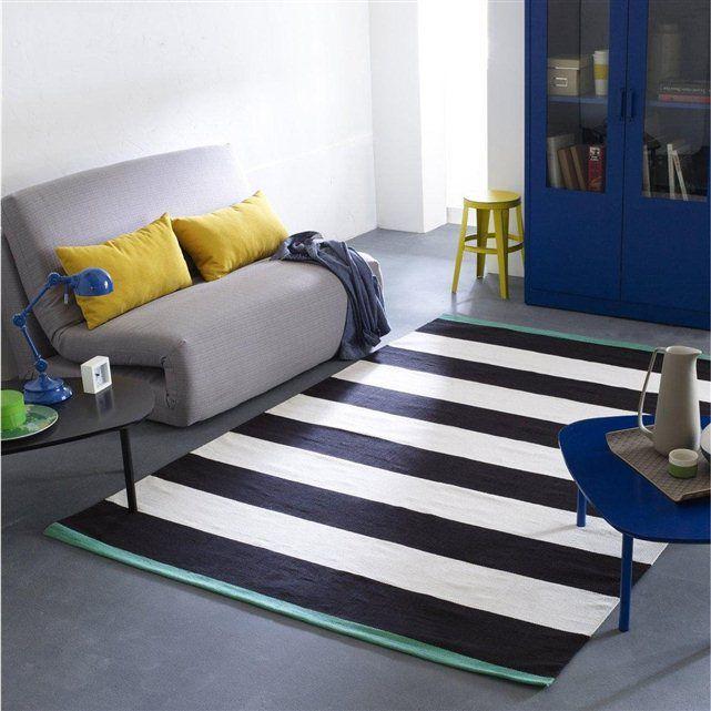 le tapis lirette ray e blut une confection artisanale pour ce tapis offrant un jeu de rayures. Black Bedroom Furniture Sets. Home Design Ideas