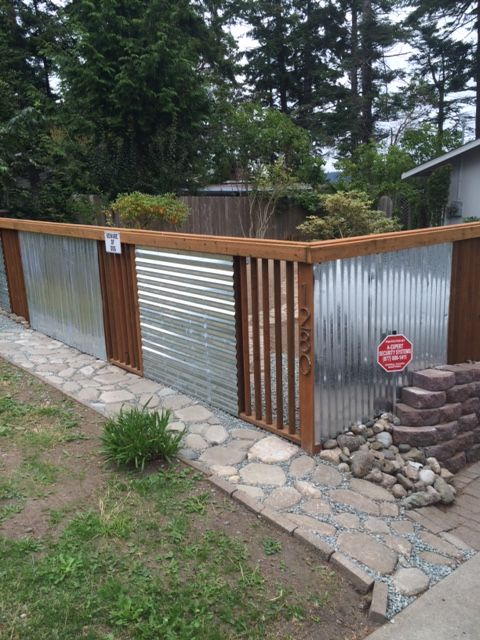 Using Galvanized Sheet Metal And Pressure Treated Wood Slats On Diagonal For Air Flow Privacy Fence Designs Backyard Backyard Privacy
