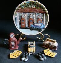 Gas and Diner mini tea set