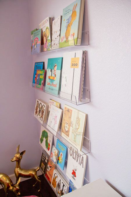 the aestate diy acrylic bookshelves unruly bookcases drive me nuts rh pinterest com acrylic bookshelf nursery acrylic wall bookshelf