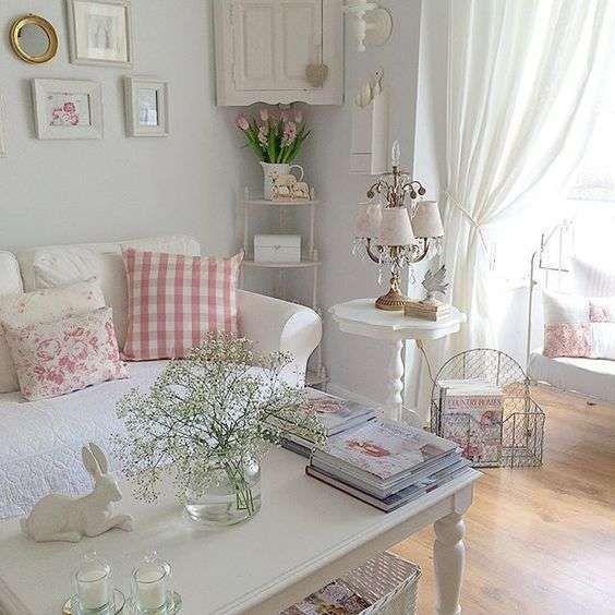 Idee per arredare un soggiorno in stile shabby chic - Soggiorno ...