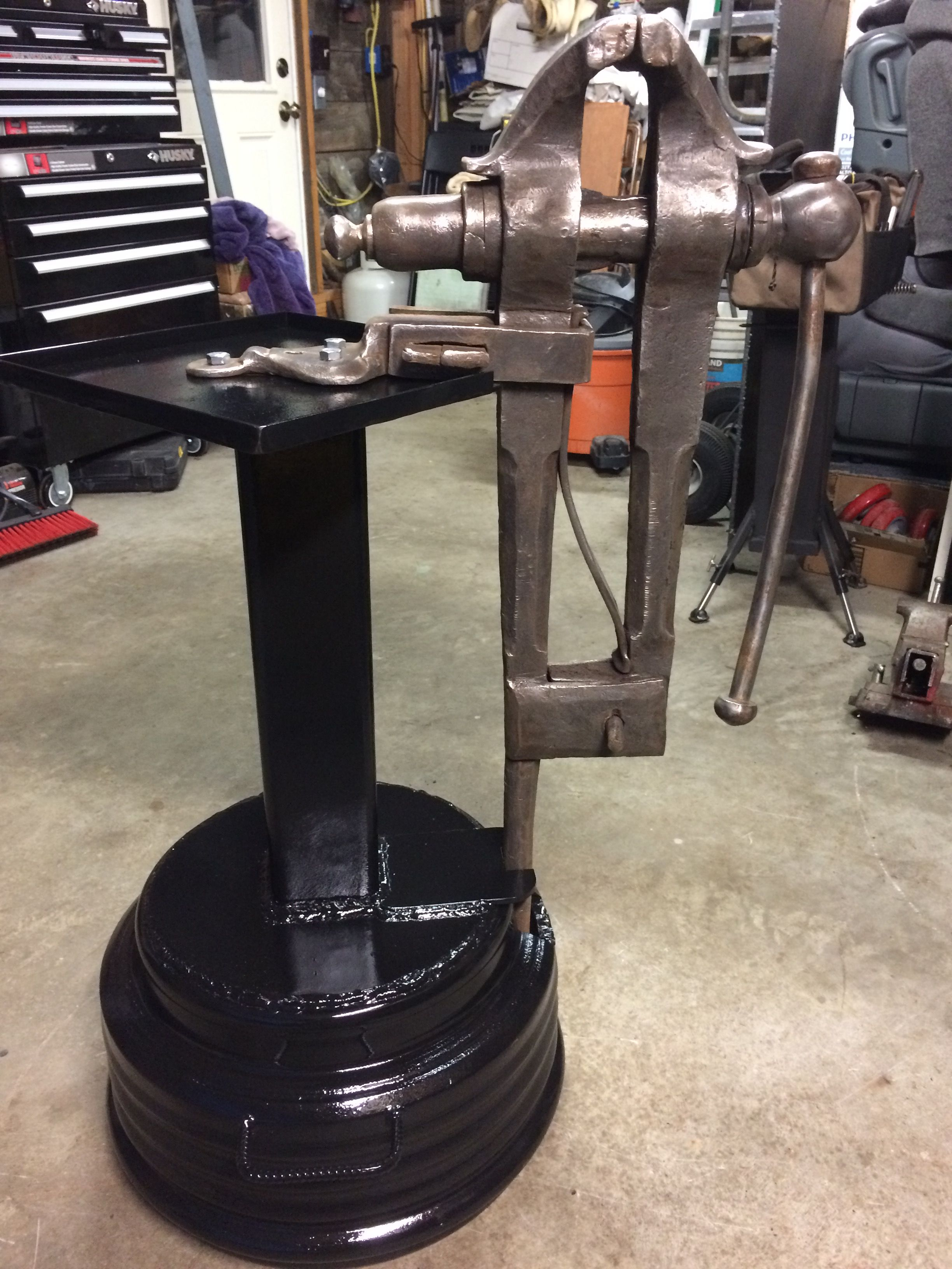 Magnificent Post Vice Mounted On An Old Truck Wheel With 4 Sq Tubing 1 Bralicious Painted Fabric Chair Ideas Braliciousco