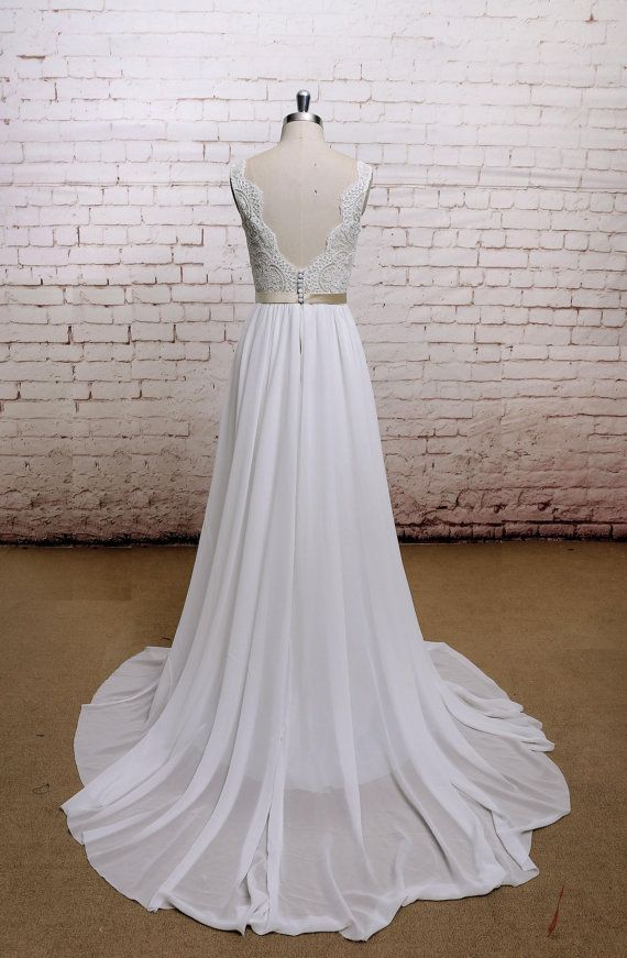 Thrifty Wedding Dresses from Etsy: 6 Dresses Under $1K | Thrifty ...