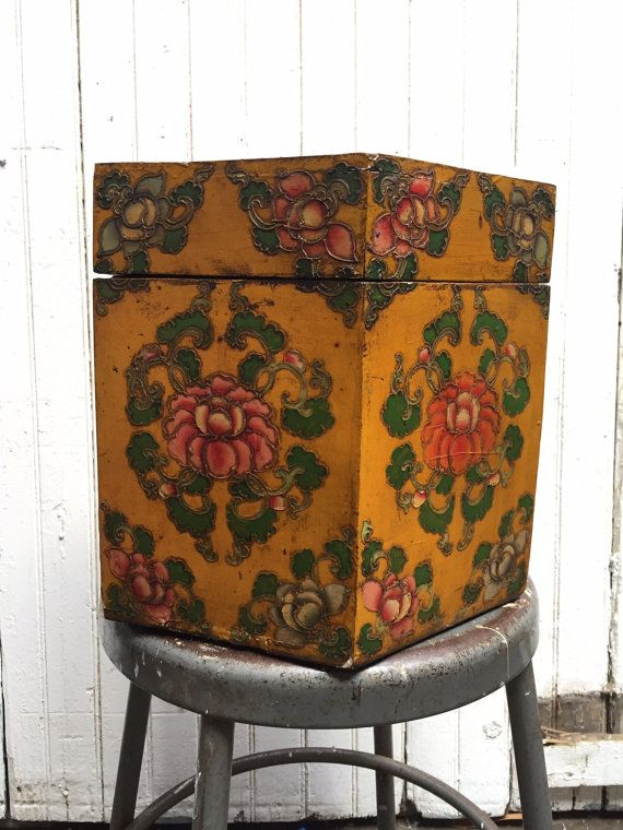 Antique hand painted hat box by VintaDelphia on Etsy