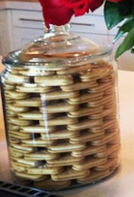 Khloe Kardashian Cookie Jar Whatinfreshstackedcookiehell Pinterest  Cookie Jars