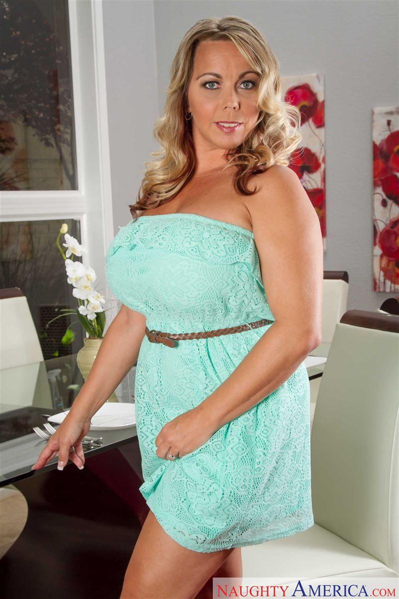 Amber Lynn Bach Amber Lynn Bach Amber Lynn Dresses Amber