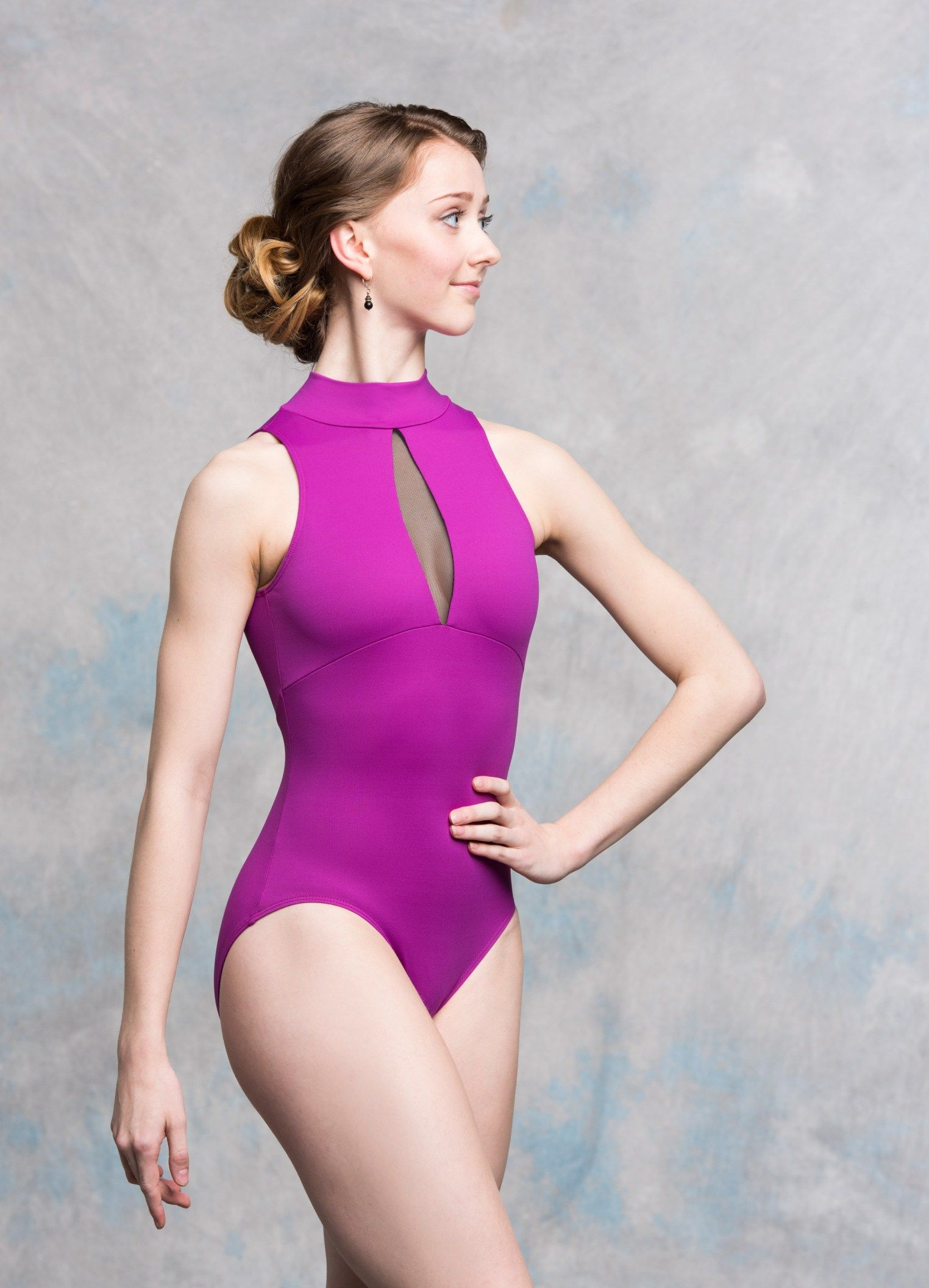 147ME Eve with Mesh Magenta Front