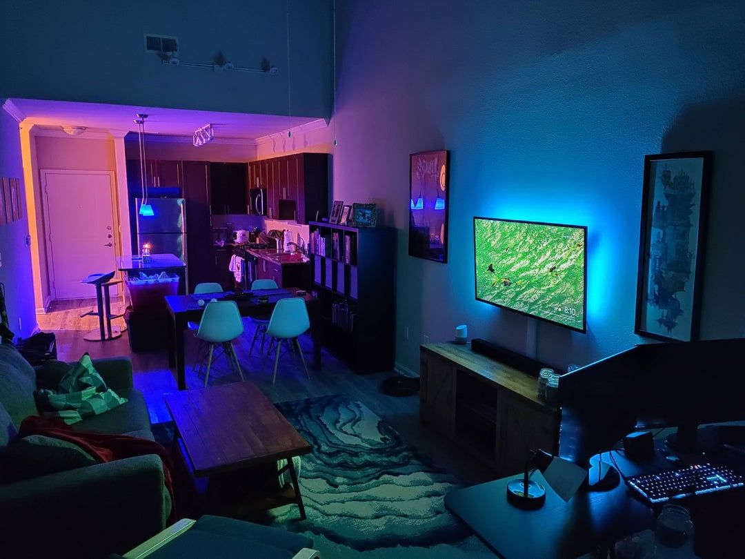 Reddit Malelivingspace First Place Without Roommates Feeling Very Cozy Roommate Man Room Bachelor Pad