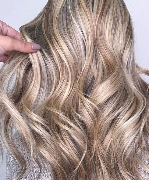 Light Beige Blonde Hair Color Photo 2