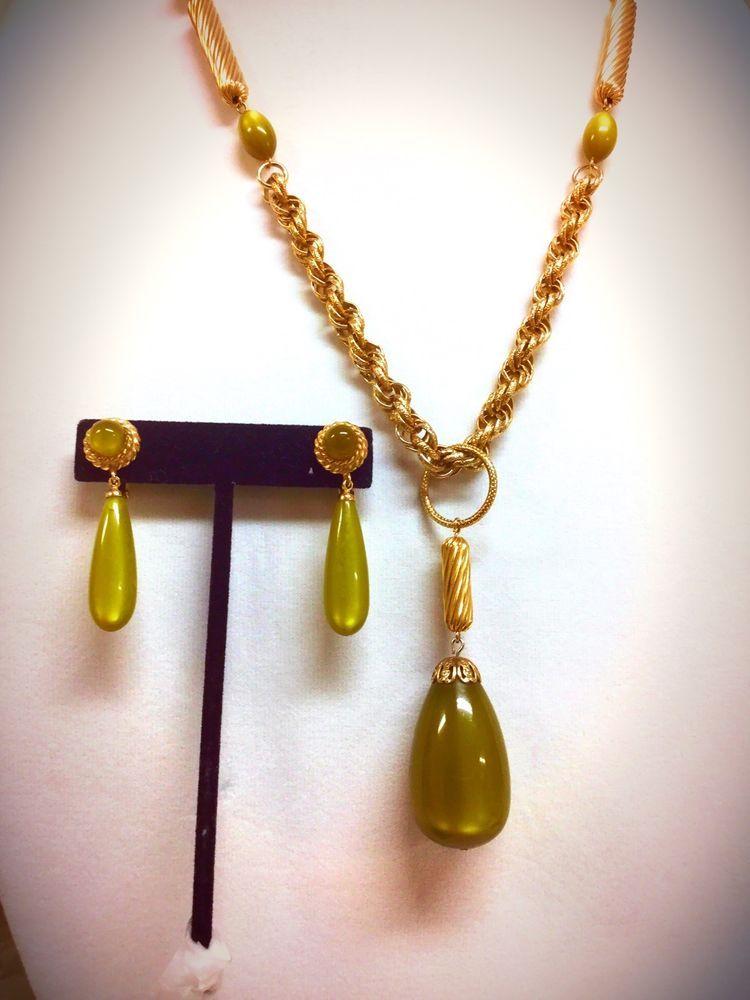 "Sarah Coventry Demi Parure ""Golden Avocado"" Green Necklace ..."