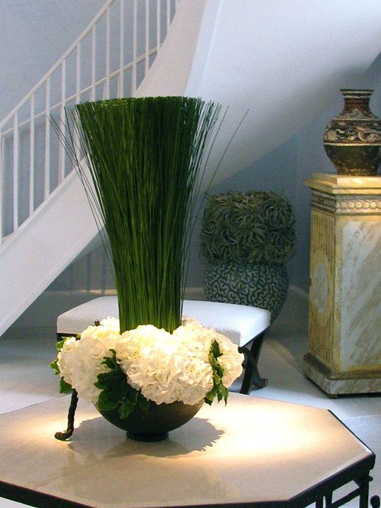 Superbe T A B L E U0026 T U L I P Modern Floral Arrangements, Flower Arrangements,  Boston Florist, Elegant Centerpieces,