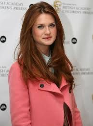 Actress Who Played Ginny Weasley Bonnie Wright She S Perfect For The Role Of Poppy When The Hapenny Magick Bonnie Wright Style Bonnie Wright Ginny Weasley