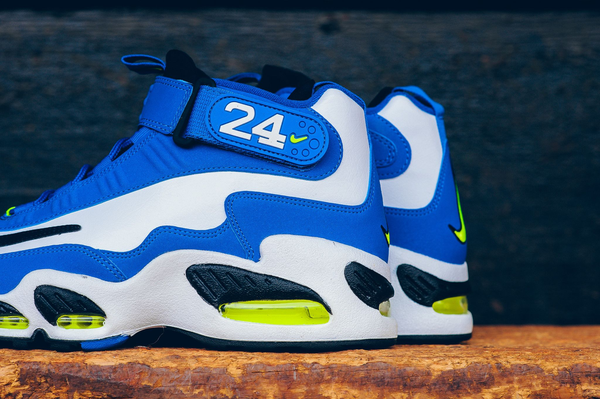 half off 0ff3c 0da81 Nike Air Griffey Max 1 Varsity Royal