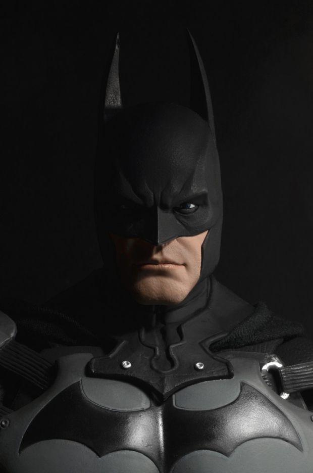 NECA-Arkham-Origins-Batman-Quarter-Scale-003