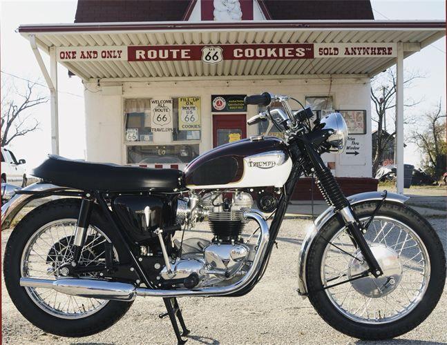 Vintage 1967 Triumph Bonneville Classic Triumph Motorcycles Trium