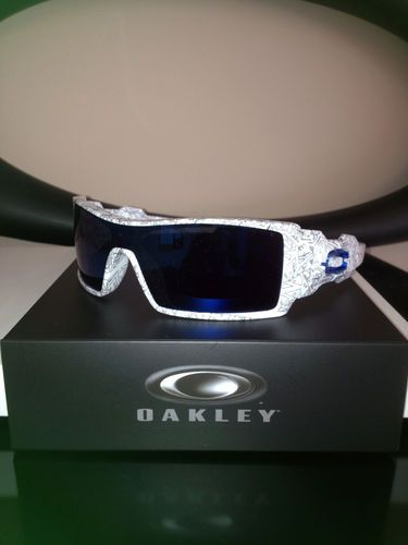 6e984af7a6 Brand New Custom Oakley Sunglasses Oil Rig White Ghost Text Blue O ...