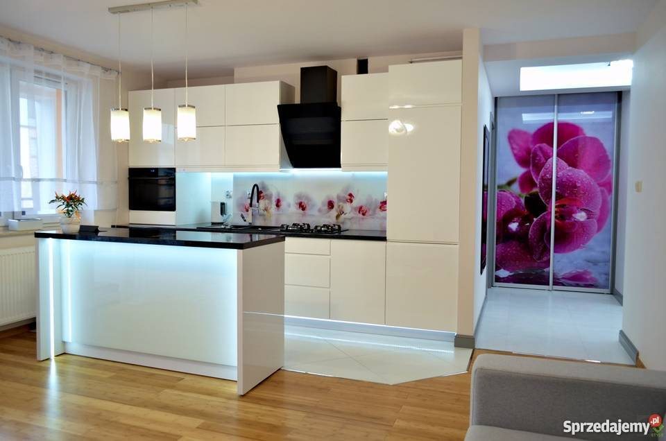 Meble Kuchenne Kuchnie Na Wymiar Zabudowa Do Sufitu Rzeszow Sprzedajemy Pl Home Decor Furniture Decor