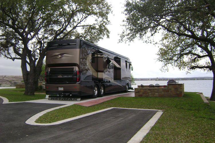Bags 39 On Tour Bus Luxury Rv Resorts Rv Parks