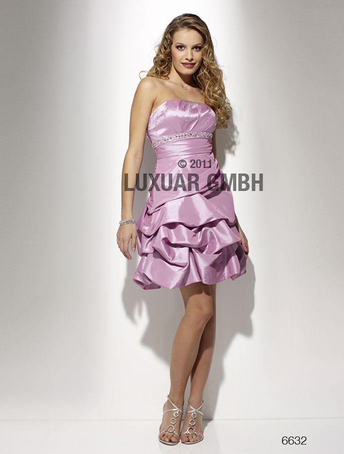 De vakreste kjolene til Skoleball og konfirmasjon