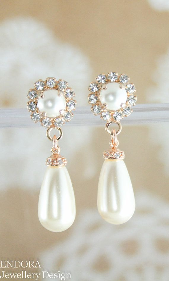 f8f44254b Wedding Accessories: What's the Tradition Behind Wearing Pearls for  Weddings?