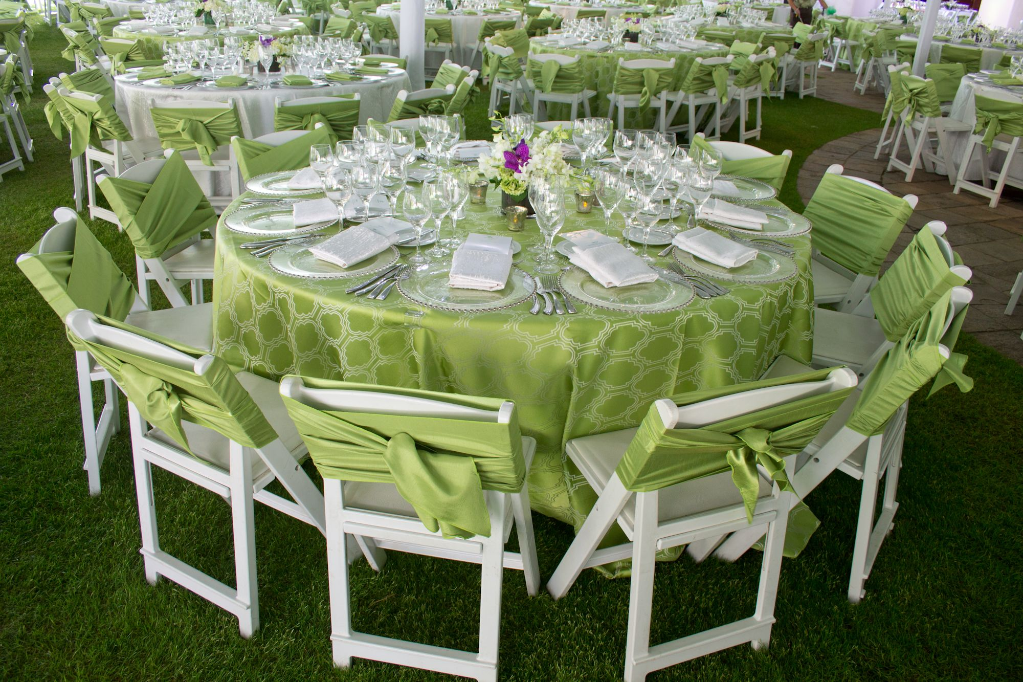 Delightful sage green garden party style table decor. Hawaii event ...