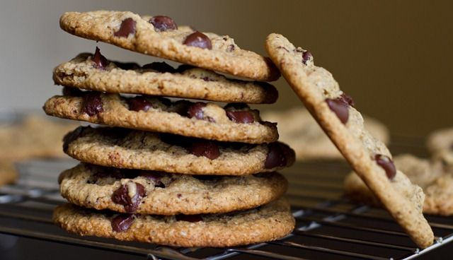 Vegan and Gluten-Free Chocolate Chip Cookies — Oh She Glows - oat flour and almond flour, uses vegan margarine instead of butter