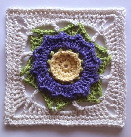 Flowers Abound Part 4 Flor Squares Free Crochet And Crochet