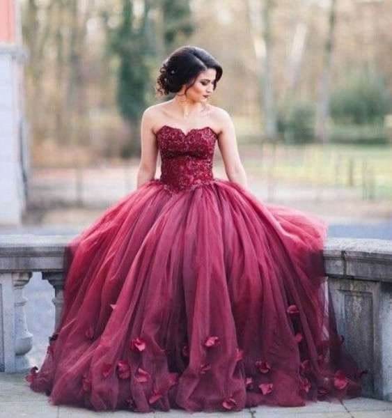 Tendencias de boda 2017: Vestidos de novia con flores 3D [FOTOS ...