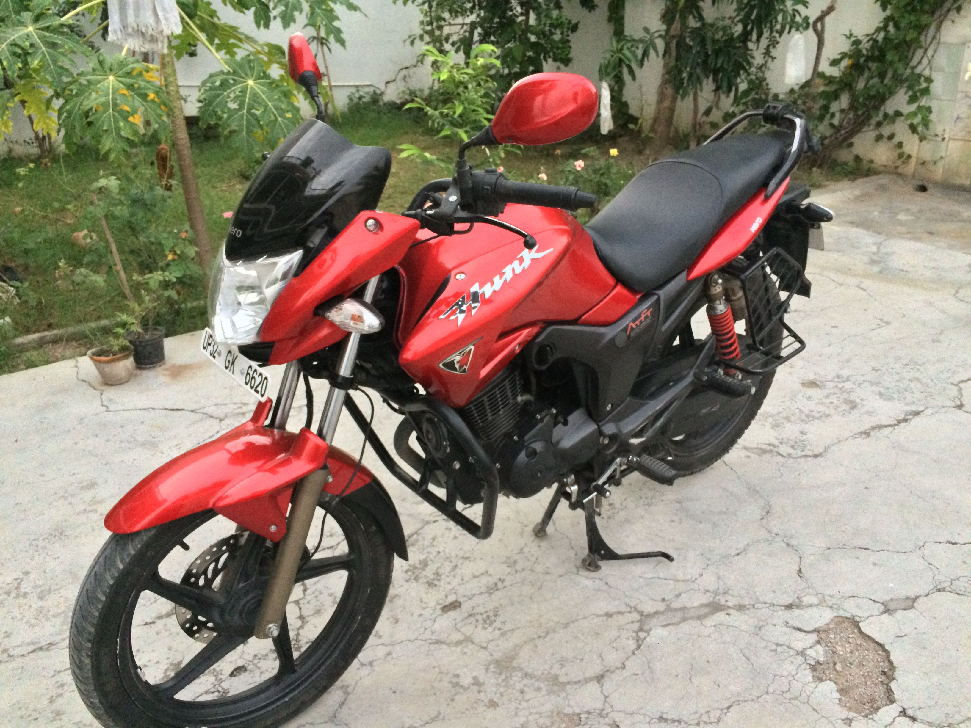 Check This Bike 2015 Hero Hunk Red Colored From Lucknow
