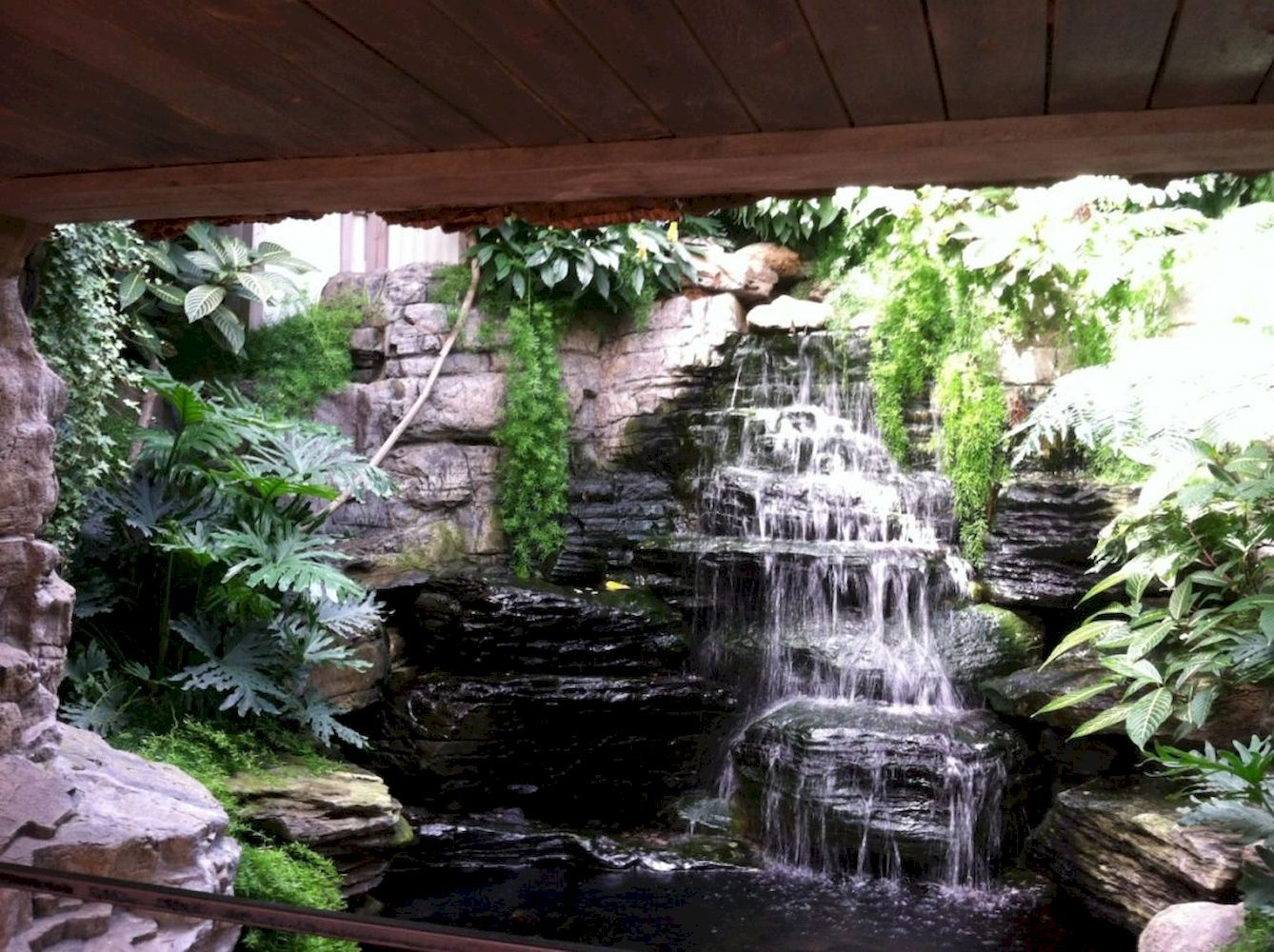 Beautify Your Garden With A Wall Waterfall Outdoor Fountain Kits Indoor Water Fountains Indoor Waterfall Indoor Pond
