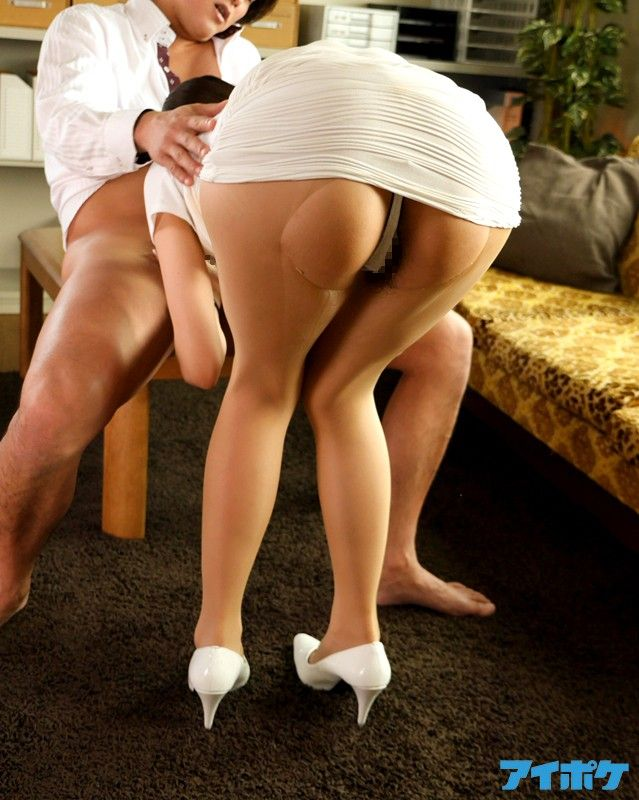 Upskirt bend over miniskirt sex