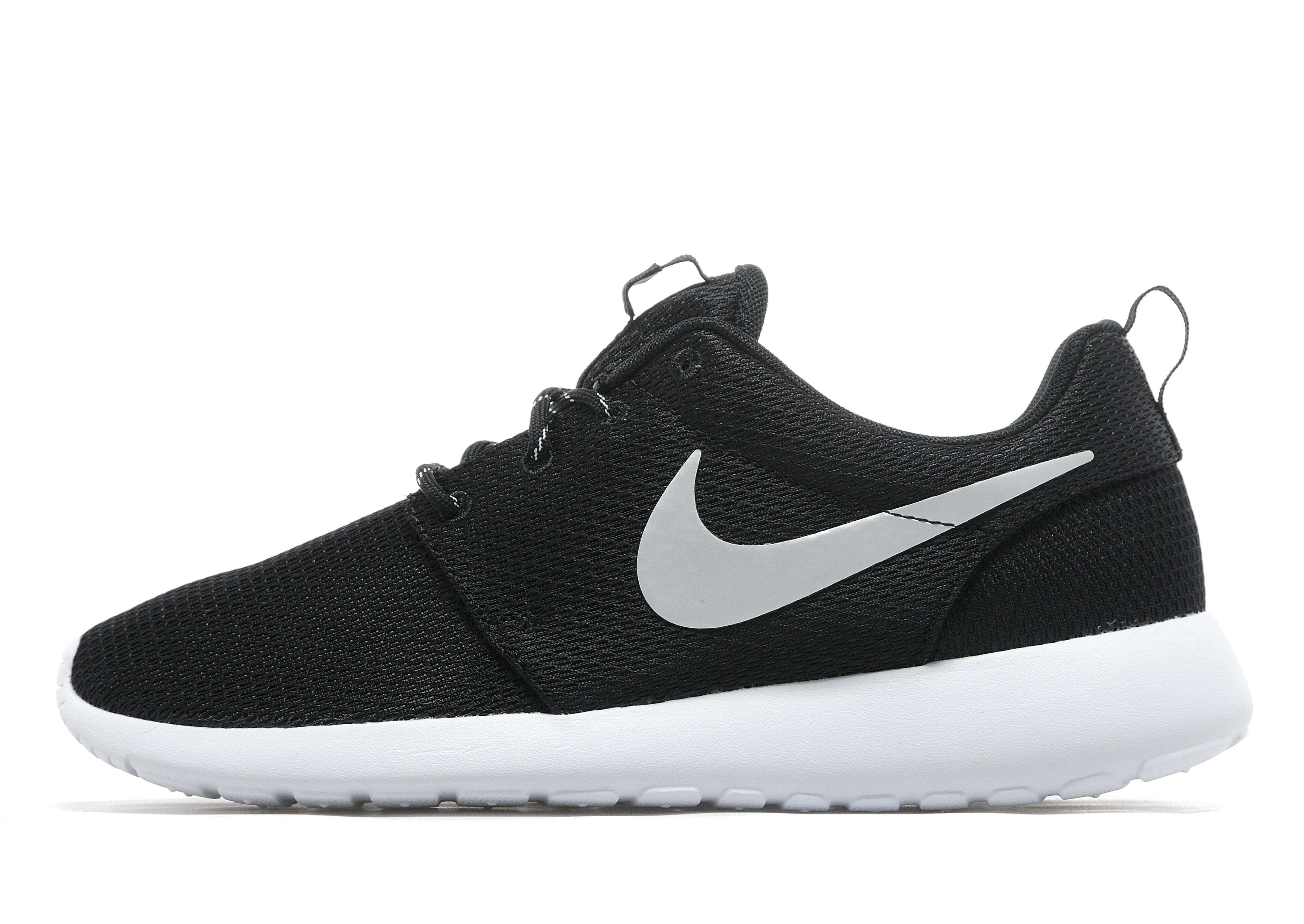 Nike Roshe Plazo Para Hombre Negro Garrapata Blanco obtener nuevos precio barato finishline comprar en venta mUtt53