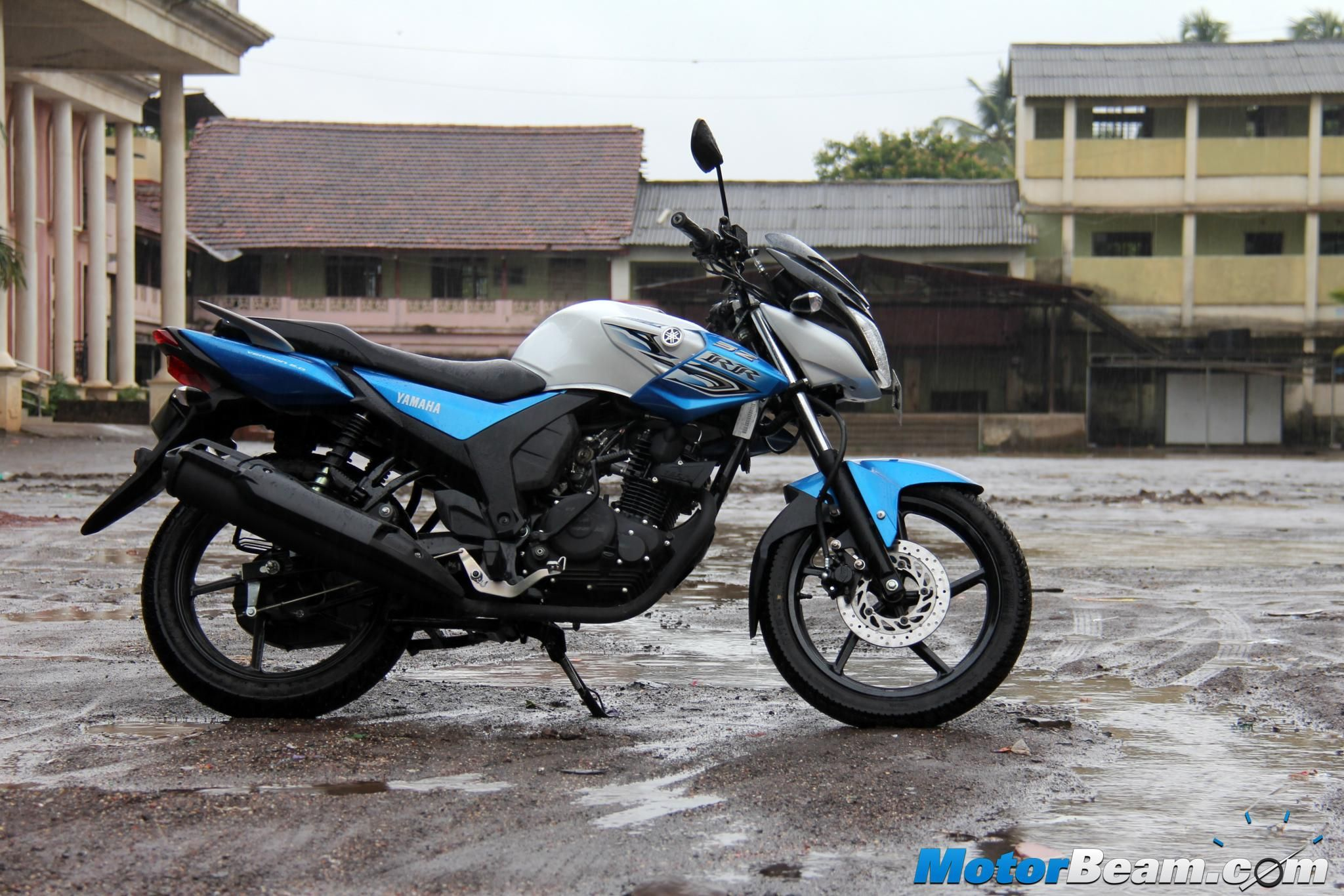 2015 Yamaha SZRR Version 2.0 Test Ride Review Yamaha