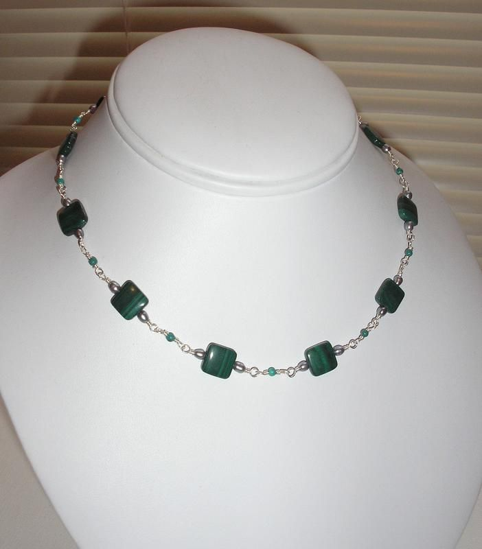 pictures of beaded necklace designs | Malachite Bead Necklace ...