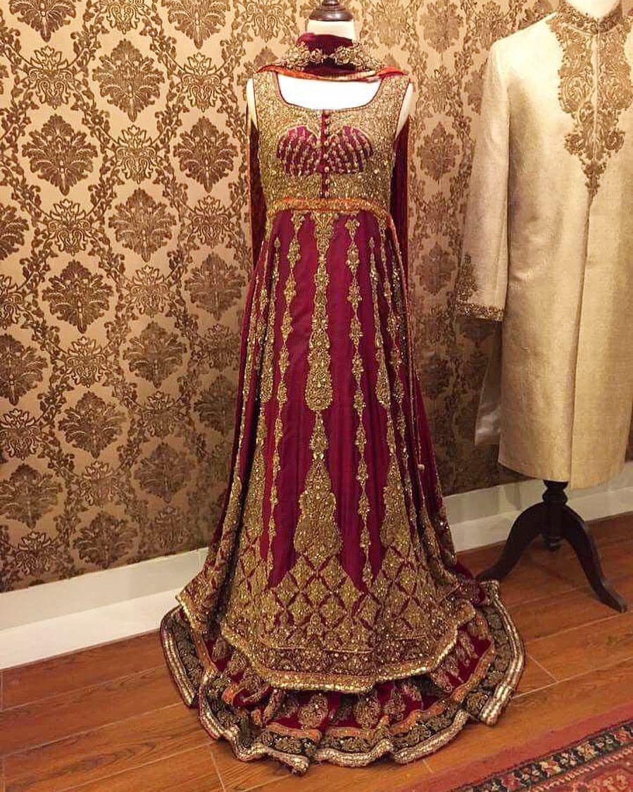 Pin By Latifa Doble On Wedding Inspo Pakistani Bridal Dresses Pakistani Gowns Pakistani Dresses