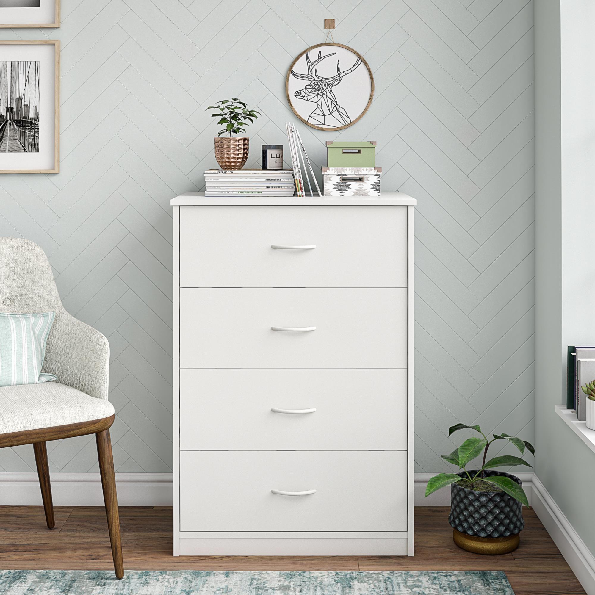 Mainstays Classic 4 Drawer Dresser White Finish Walmart Com White Dresser Decor Dresser Decor Bedroom White Dresser Bedroom [ 2000 x 2000 Pixel ]