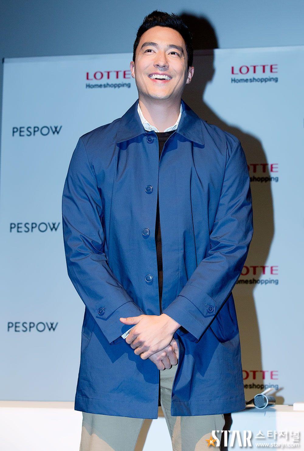 [Star foto UP] Daniel Henney (Daniel Henney) 'a sorrir naturalmente para muitos fãs do sexo feminino animar ~': # www.starjn.com Journal Star