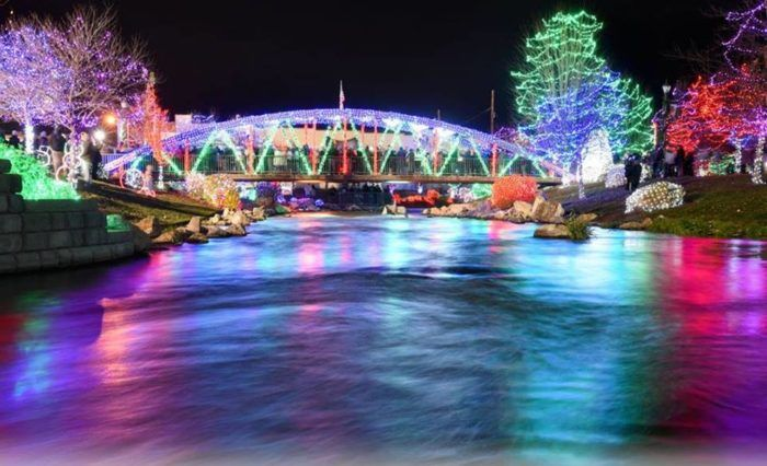 11 christmas light displays in idaho that are pure magic