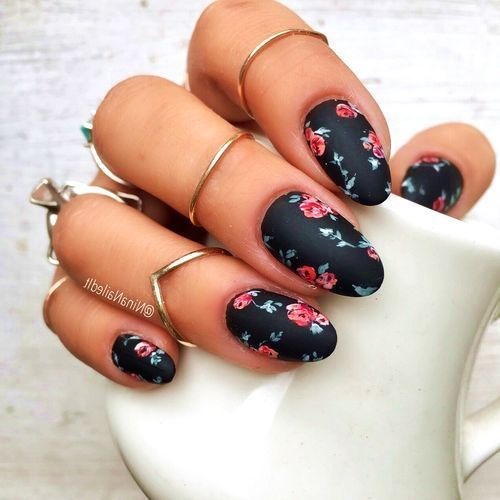 50 Sweet Floral Nail Designs for that Pop of Color Makeup art and