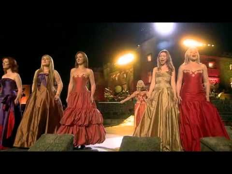 Celtic Woman - You Raise Me Up (and Concert Closing, live at the