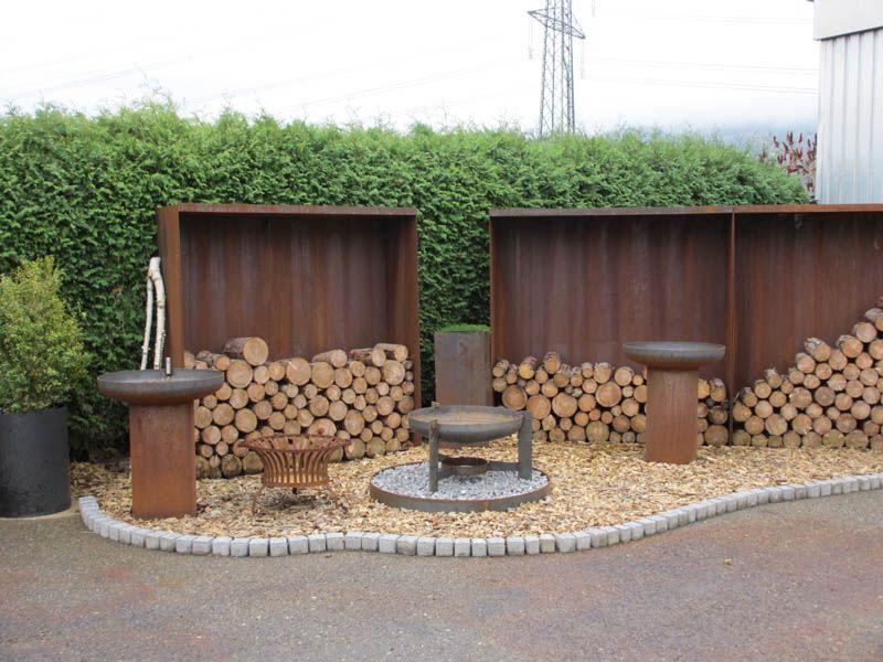 sichtschutz rostig garteneinfassung brunnen aus stahl. Black Bedroom Furniture Sets. Home Design Ideas