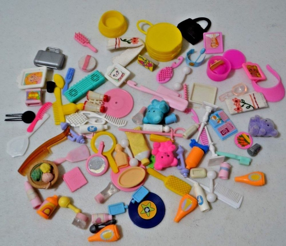 Lot Of Barbie Doll House Accessories Vanity Home Decor Kitchen