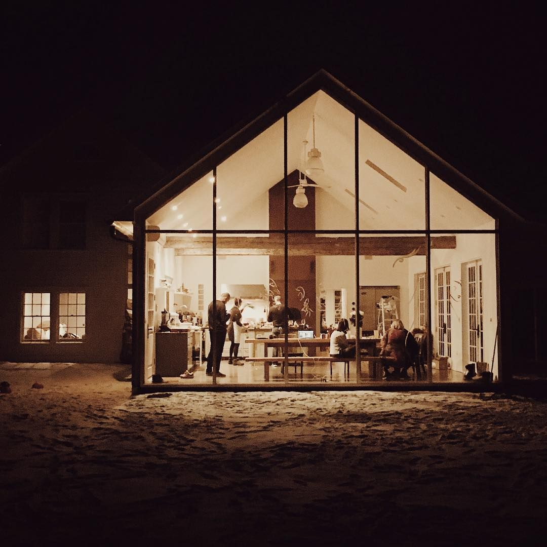 """Our floating glass farmhouse ✨ @valentina_kova #PaperTravels"""