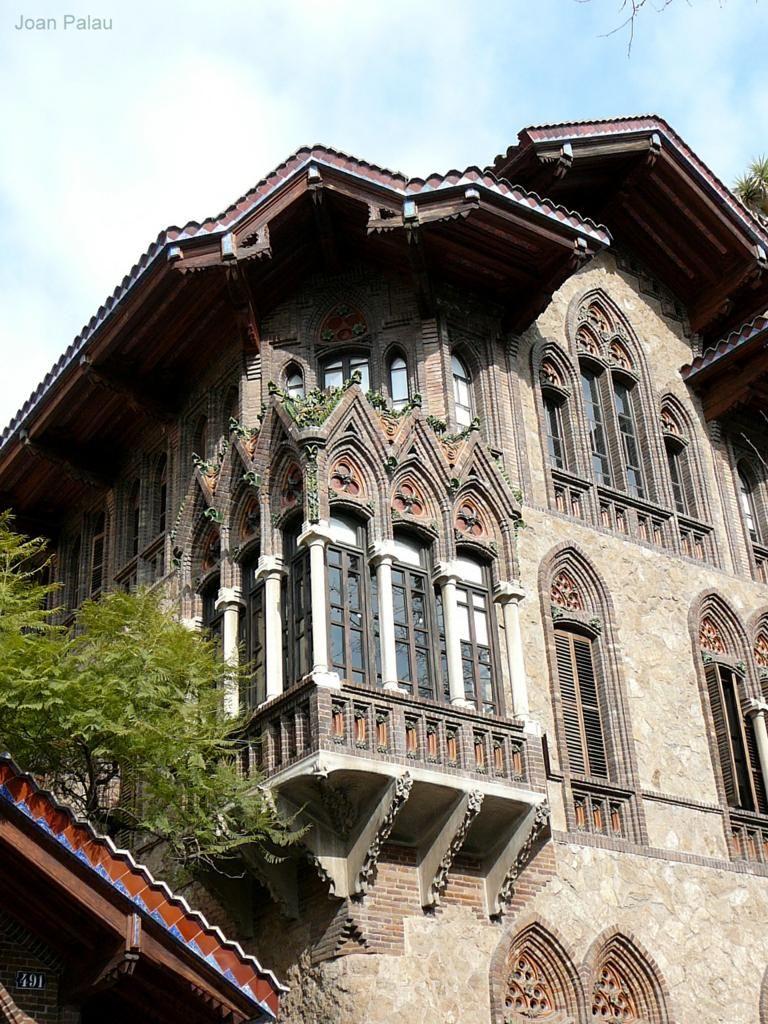 Modernismo en espa a arquitectura modernista espa a for Arquitectura islamica en espana