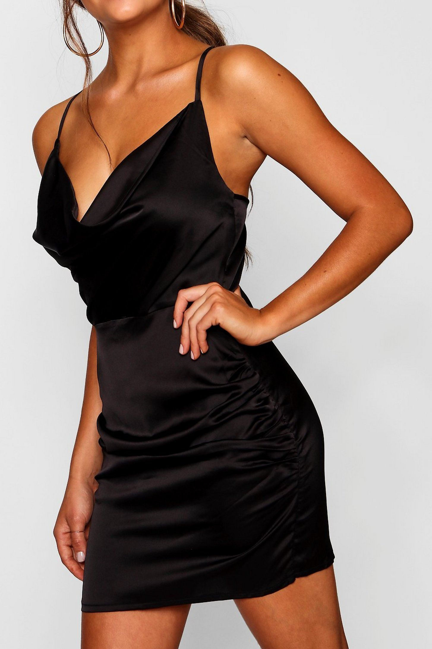 Fb508ef074ee78a0e58c68be06d8a2eb In 2020 Silk Dress Short Neck Bodycon Dress Black Short Dress